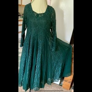 XL Forest Green Lace 1990s Dress Starina Gown